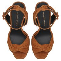 BETTY KNOT - Brown - Platforms