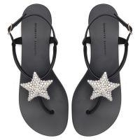 HOLLIE STAR - Black - Flats