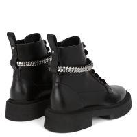 ACHILLE CHAIN - Black - Boots