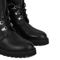PHILLIS - Black - Boots