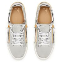 FRANKIE - Silver - Low top sneakers