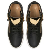 KRISS STEEL - Mid top sneakers