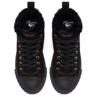 BLABBER - High top sneakers