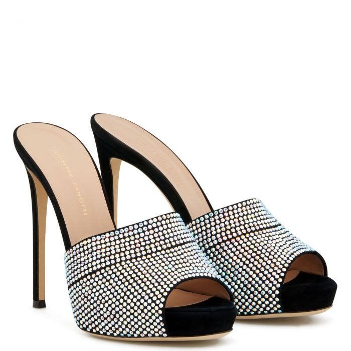 ISIDORA - Black - Sandals