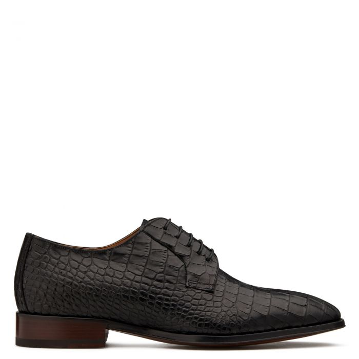 MOORE - Black - Lace up