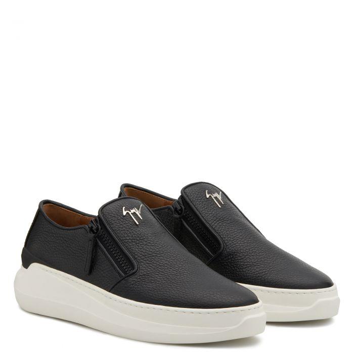 CONLEY ZIP - Black - Loafers