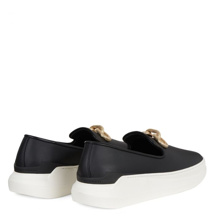 CONLEY CHAIN - Black - Loafers