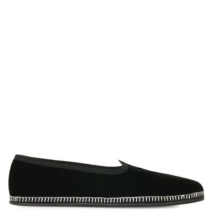 OTIUM - Black - Loafers