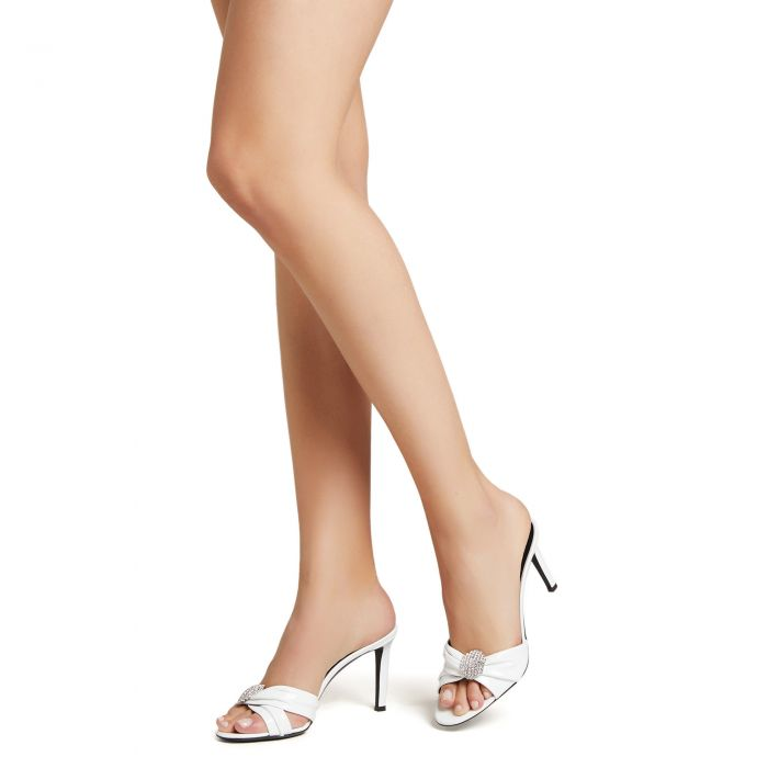 REEVA - White - Sandals