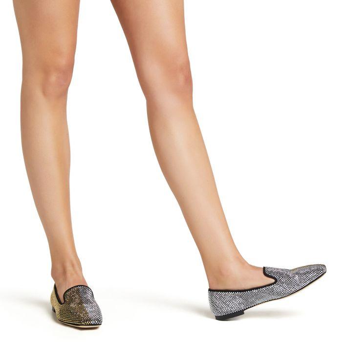 PIGALLE BICOLOR - BLack - Loafers