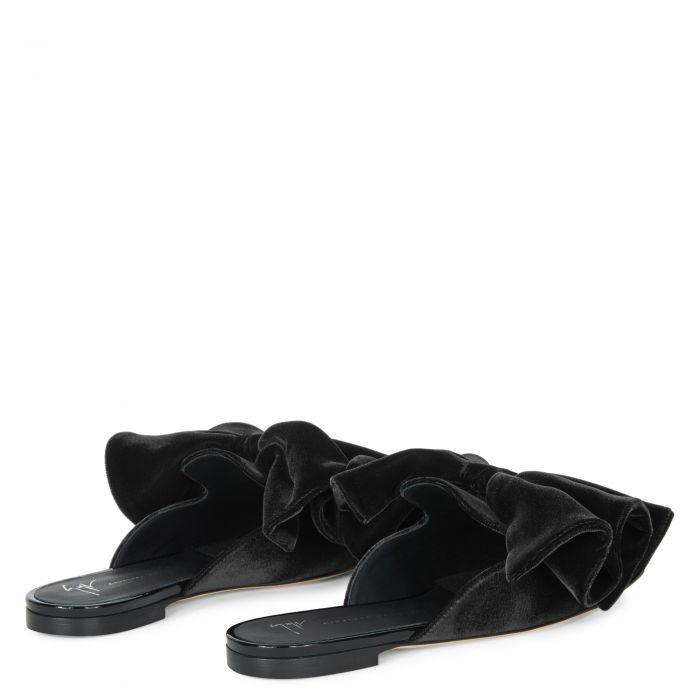 SAVARIN - Black - Flats