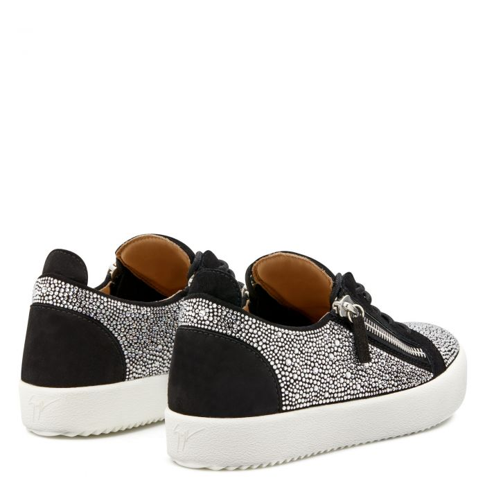 FRANKIE - Black - Low top sneakers