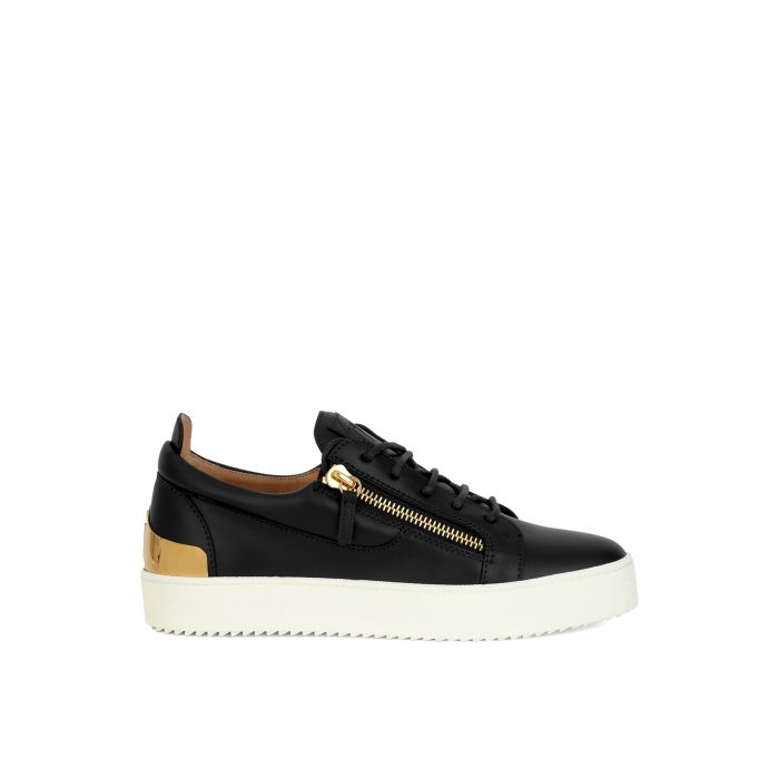 FRANKIE SHELL - Black - Low top sneakers
