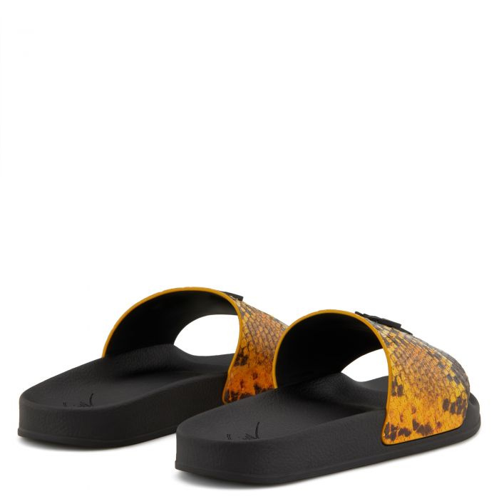 BRETT - Orange - Flats