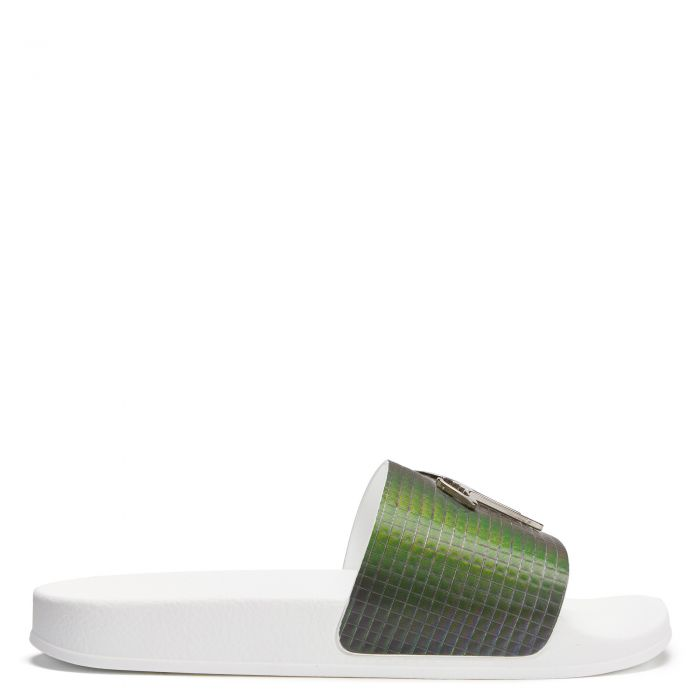 BRETT - Green - Flats