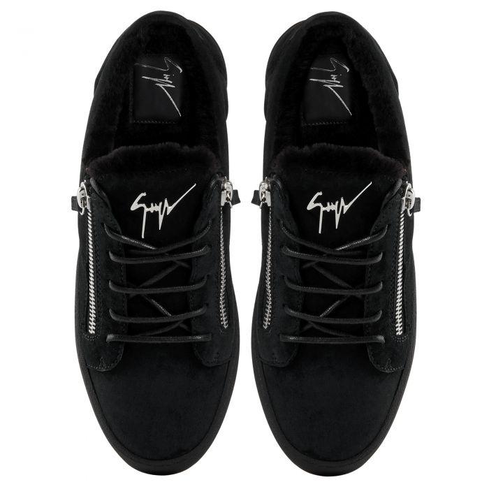 FRANKIE WINTER - Low top sneakers