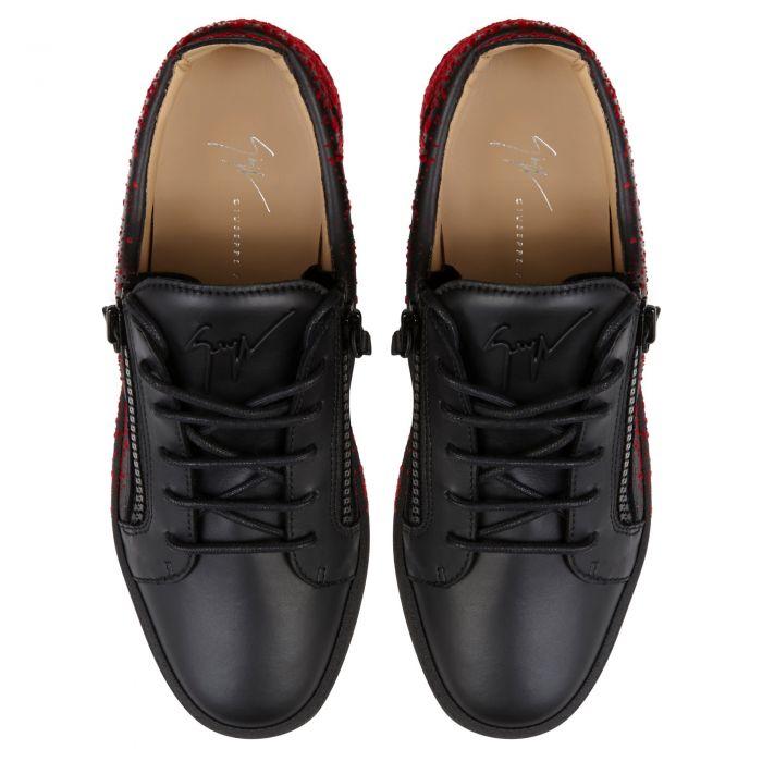 FRANKIE SPRAY - Black - Low top sneakers