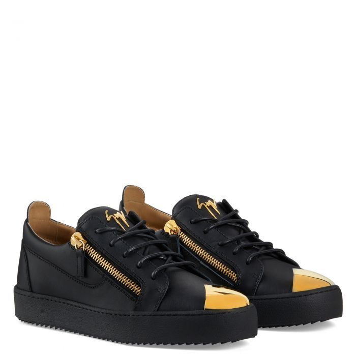 FRANKIE STEEL - Black - Low top sneakers