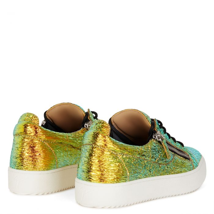 FRANKIE - Gold - Low top sneakers
