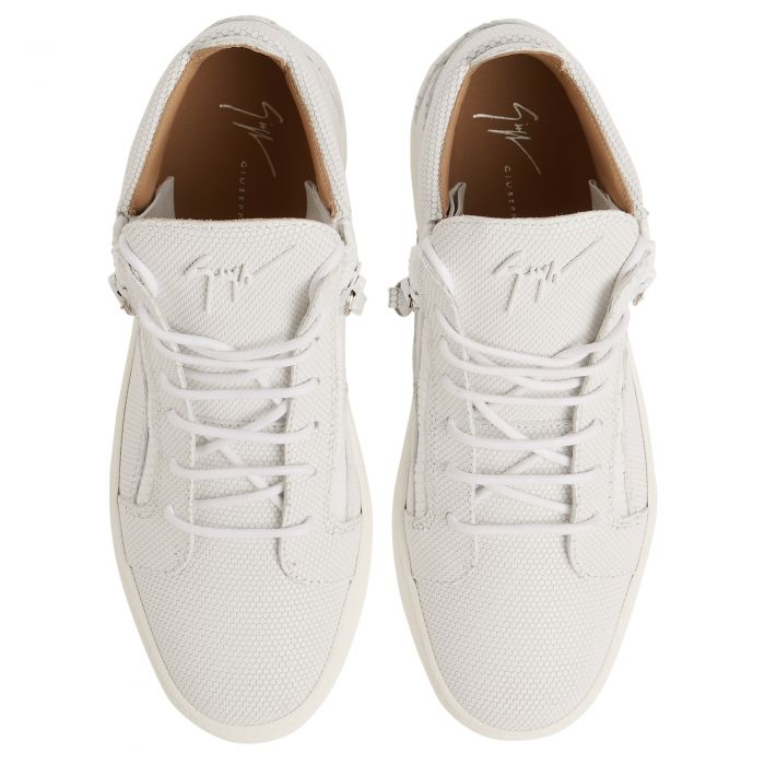 KRISS - White - Low top sneakers