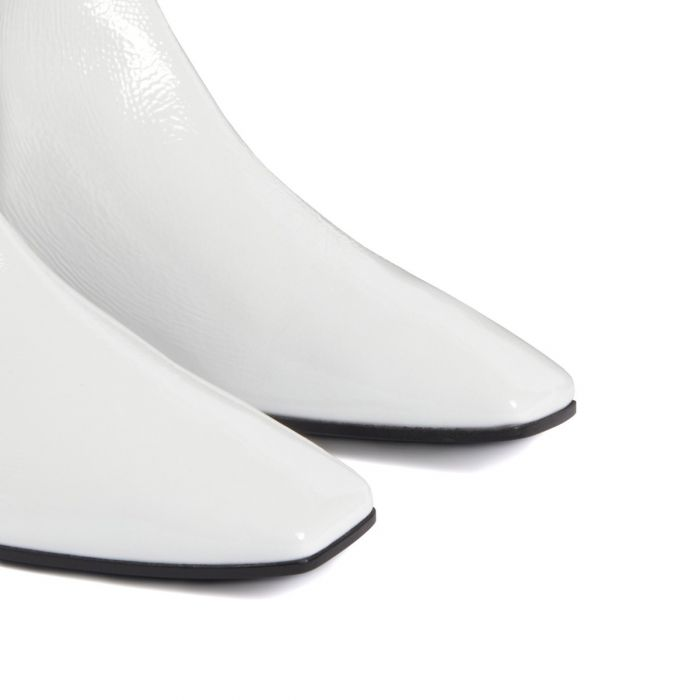 PIGALLE 05 - White - Boots