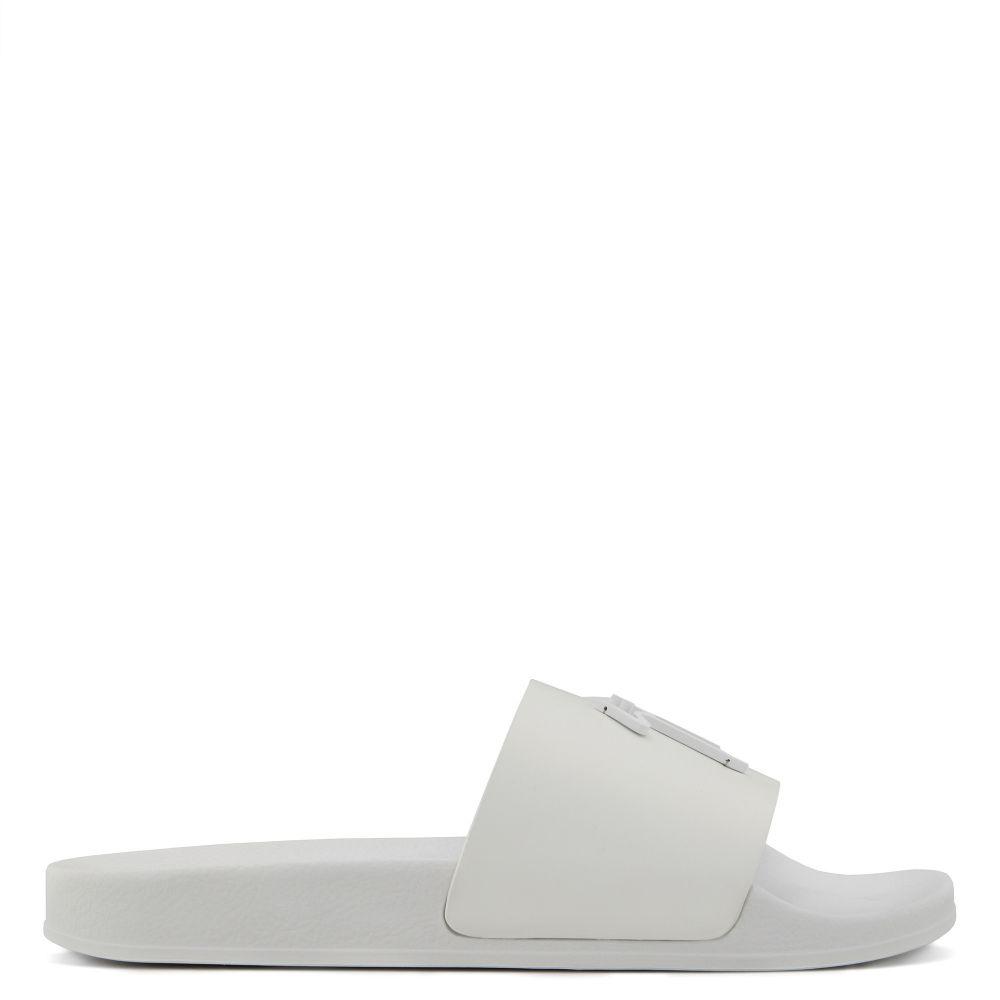 BRETT - Flats - White   Giuseppe