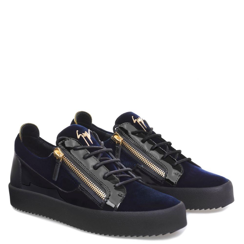FRANKIE - Low top sneakers - Blue
